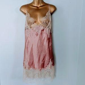 Victoria's secret lace pink slip size large
